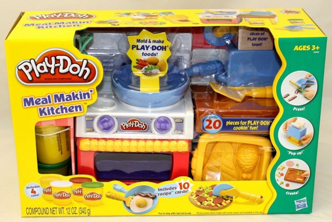 Play Doh Meal Making Kitchen Play Set